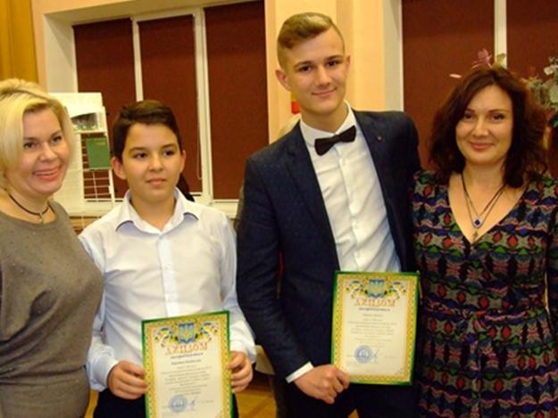 Юные поэты, прозаики и чтецы Одессы получили награды городского конкурса «Серебряное слово»