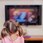 Как смотреть телевизор ребенку