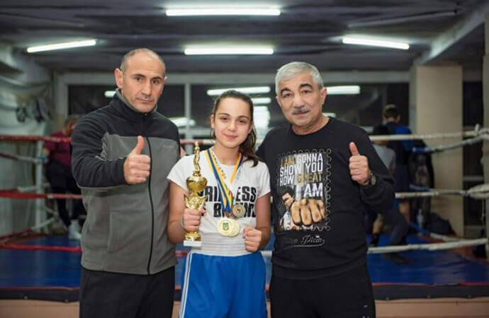 Чемпионский титул Украины по боксу завоевала  юная одесситка
