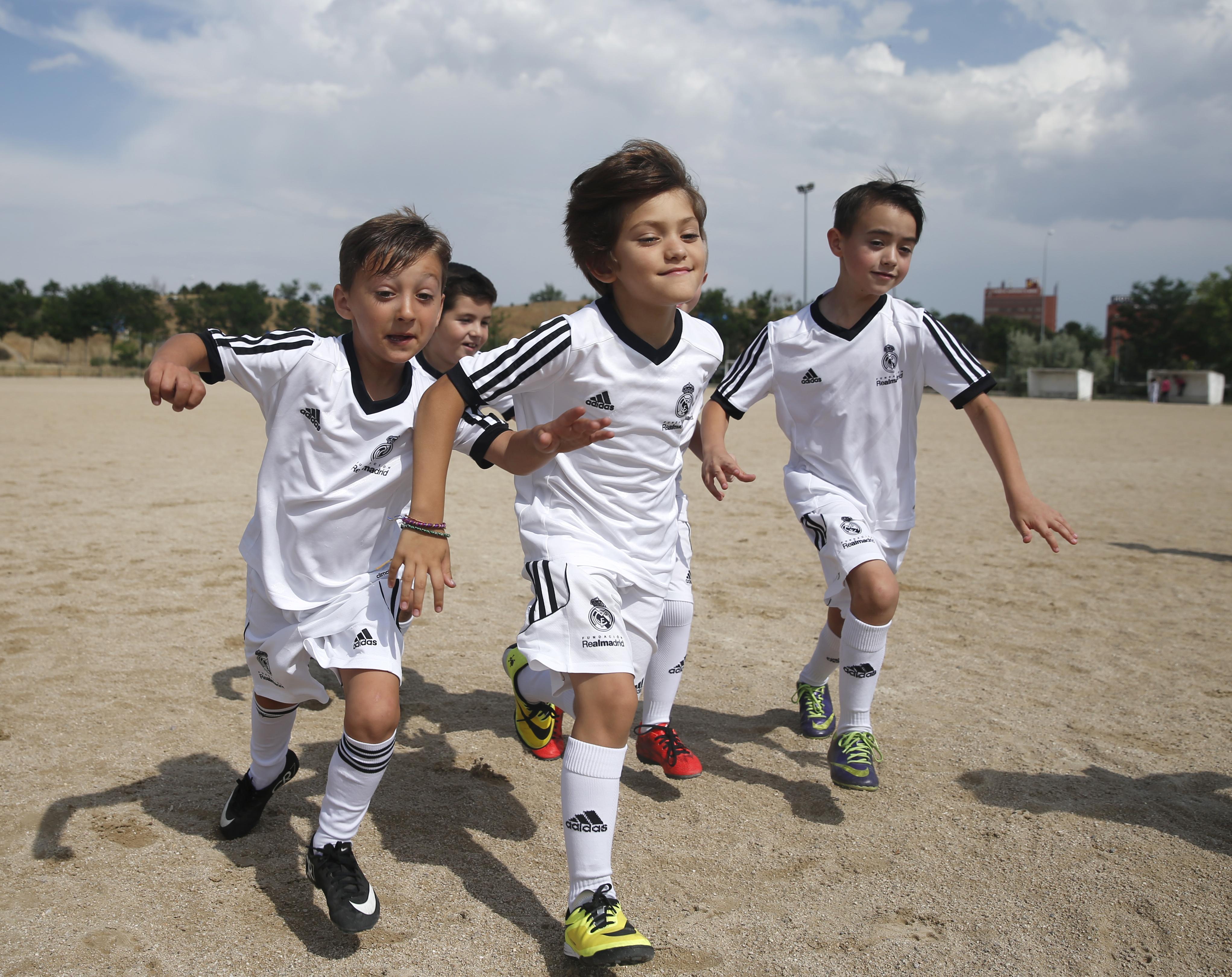 Официальный футбольный лагерь FUNDACIÓN REAL MADRID CLINIC